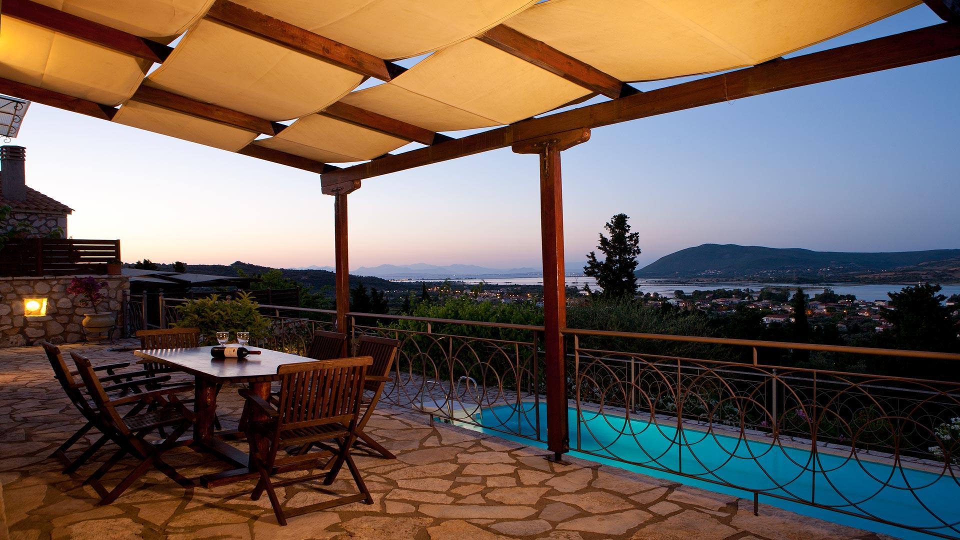 Quiet, privacy & breathtaking view!